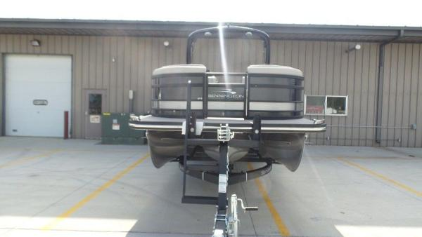 2020 Bennington boat for sale, model of the boat is 25 RSBA & Image # 22 of 31