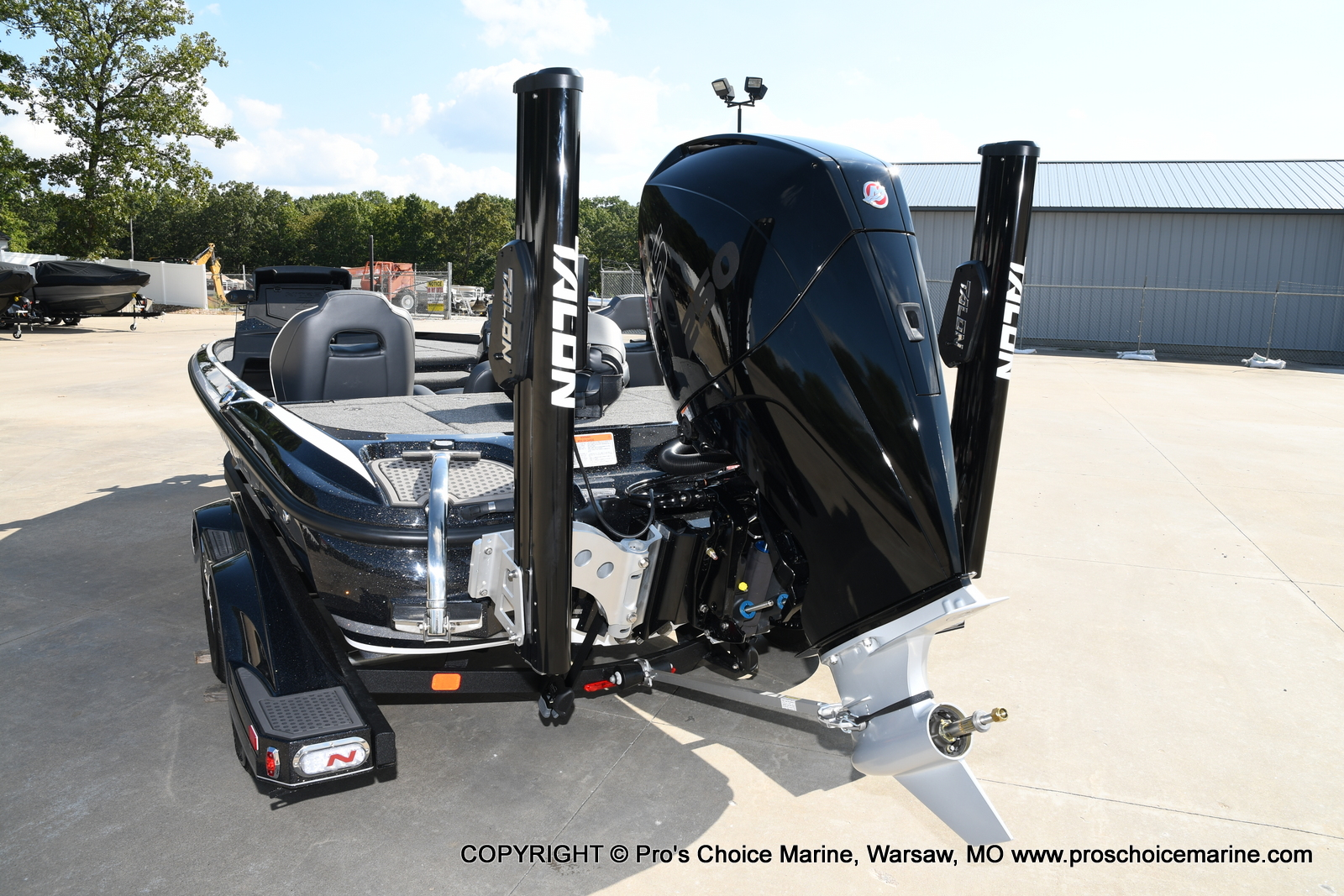 2021 Nitro boat for sale, model of the boat is Z21 Pro Package DUAL CONSOLE & Image # 5 of 50