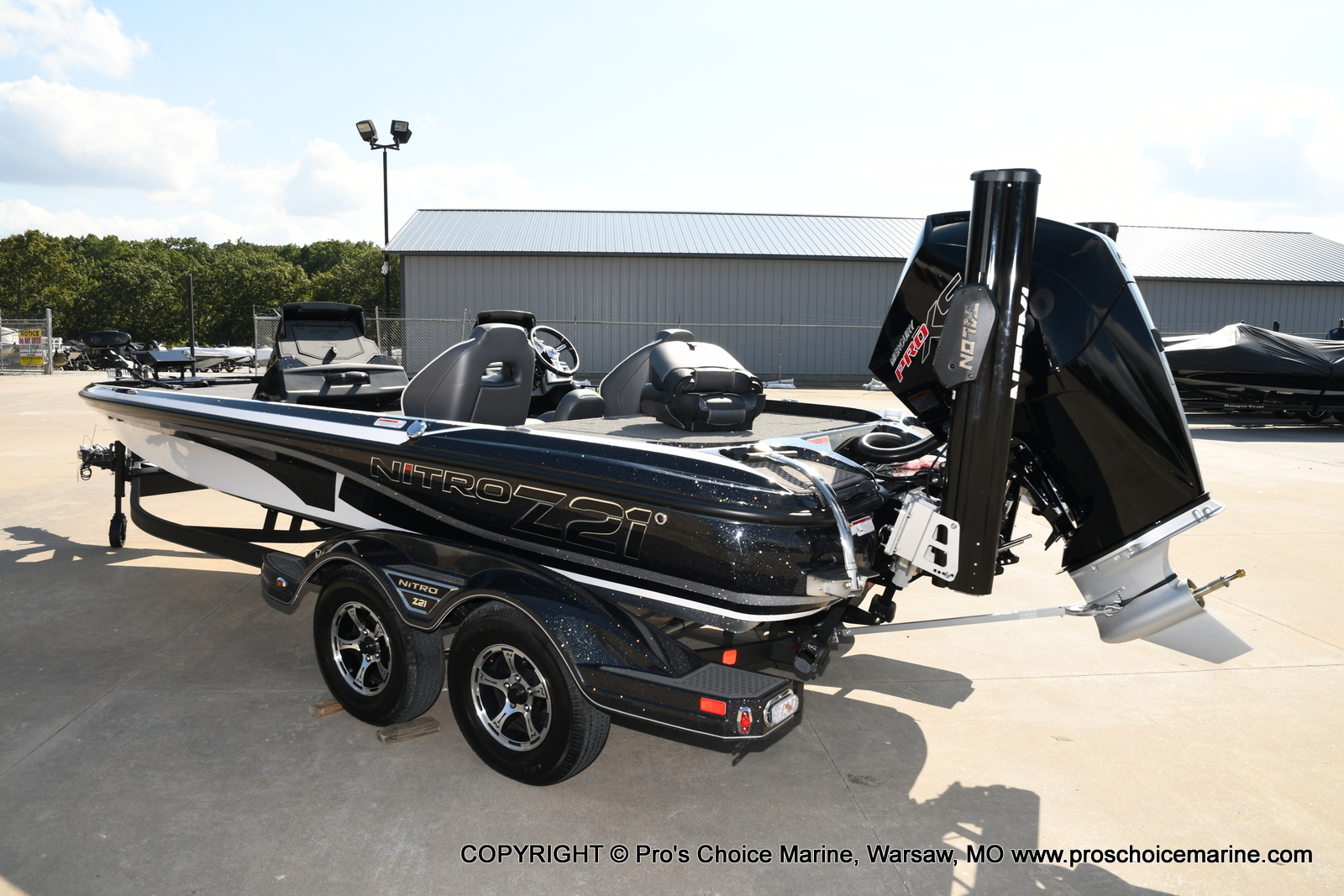 2021 Nitro boat for sale, model of the boat is Z21 Pro Package DUAL CONSOLE & Image # 6 of 50
