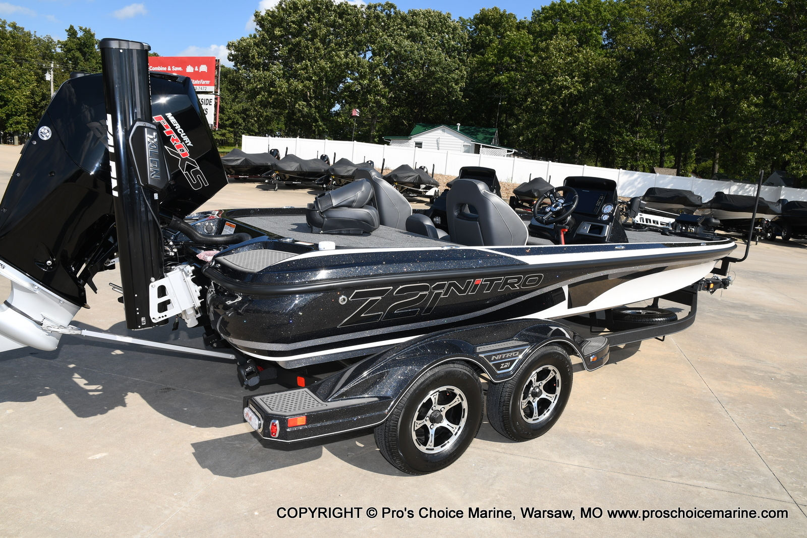 2021 Nitro boat for sale, model of the boat is Z21 Pro Package DUAL CONSOLE & Image # 35 of 50