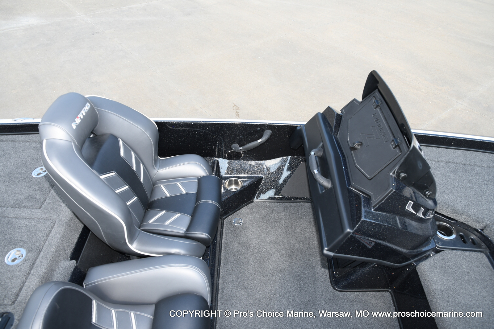2021 Nitro boat for sale, model of the boat is Z21 Pro Package DUAL CONSOLE & Image # 39 of 50
