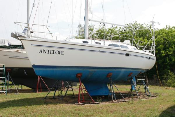 35' Catalina 350