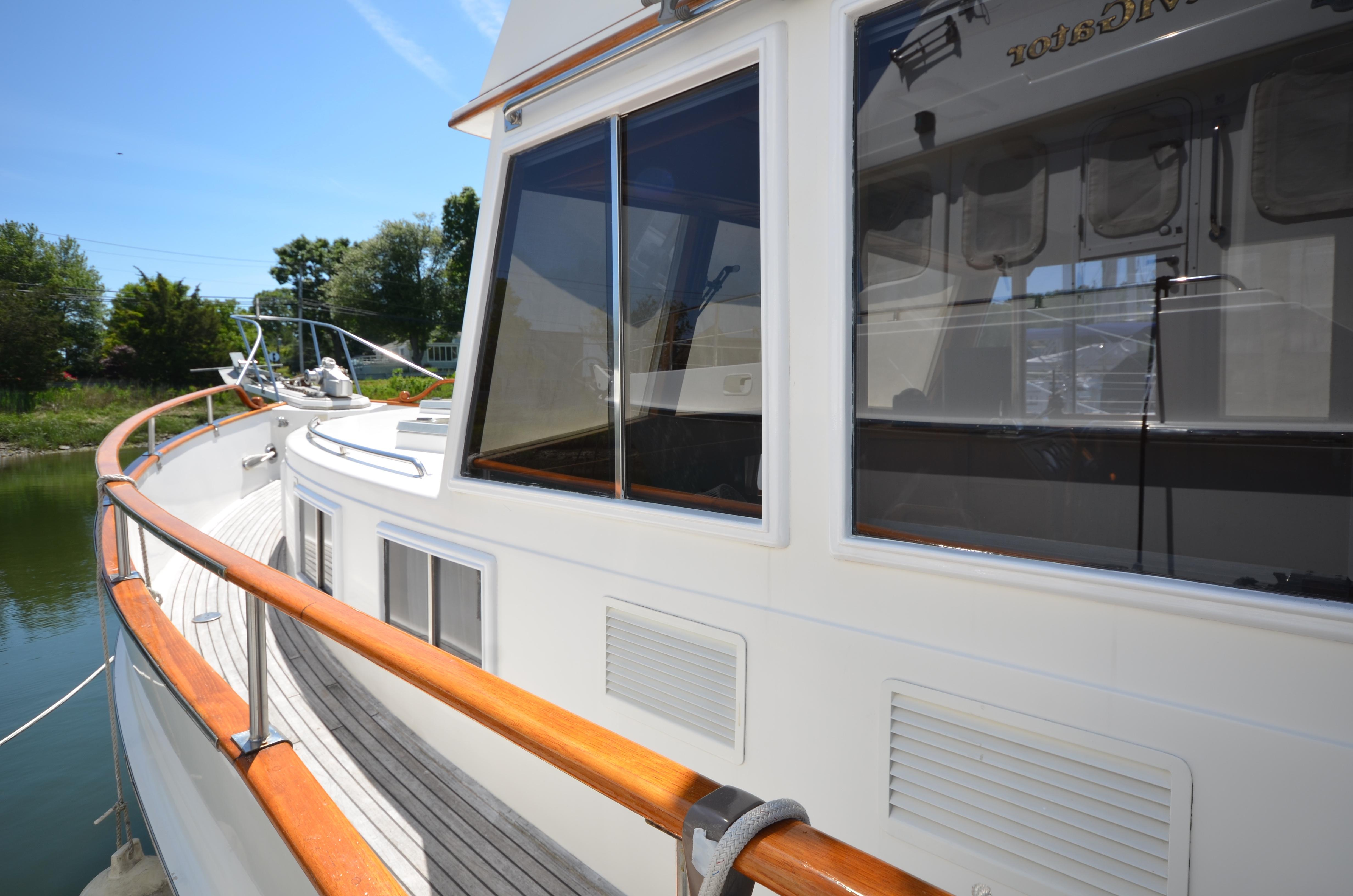 1997 43 ft Yacht For Sale | Allied Marine