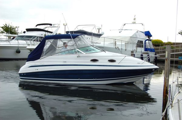 Chris-Craft 248 Express Cruiser boat for sale