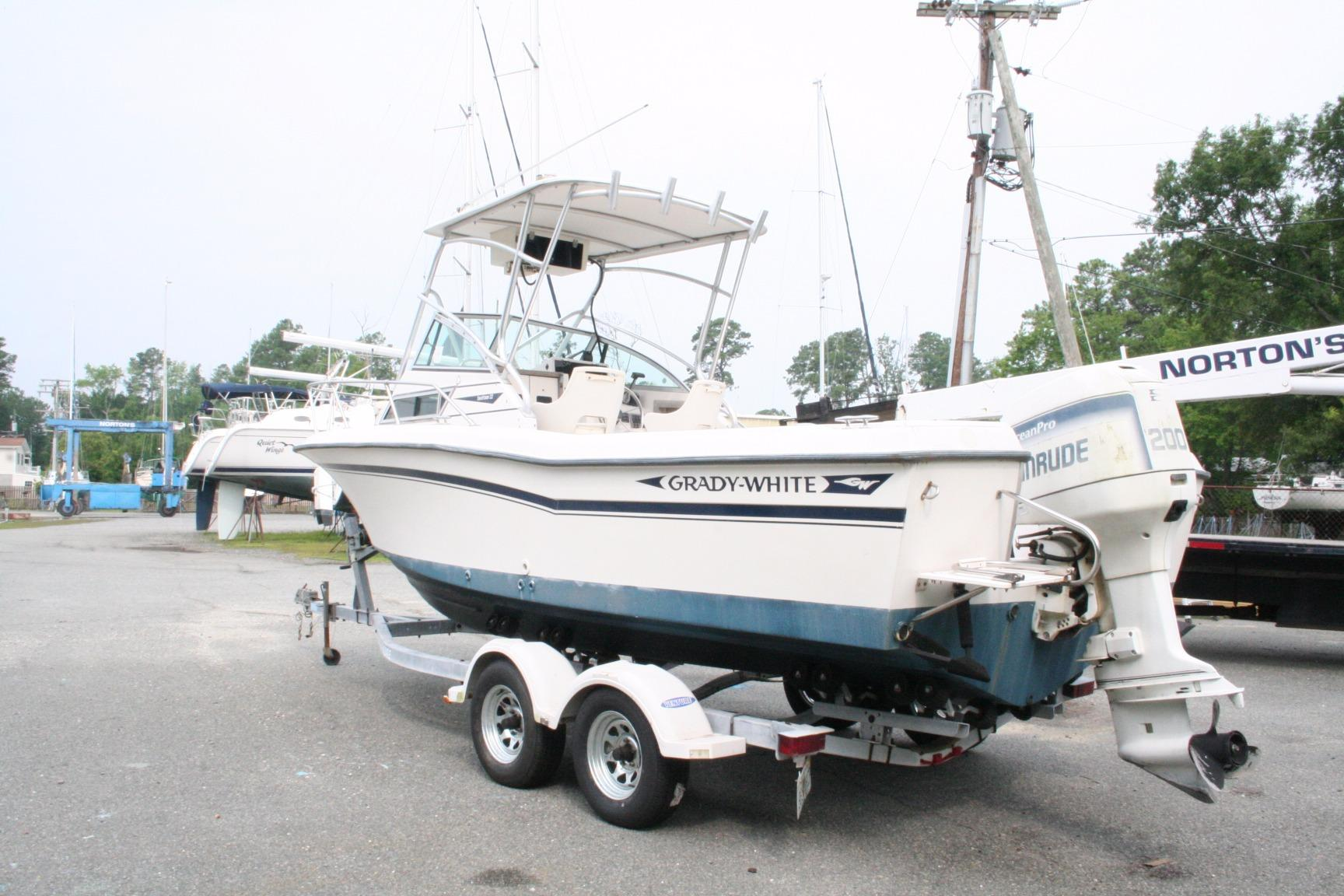 1993 Grady-White Seafarer 22 | Powerboats for Sale