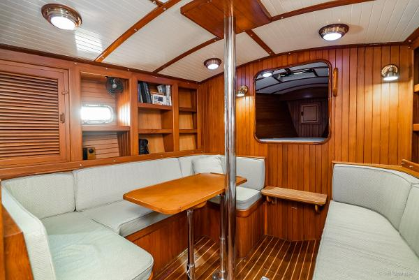 Picture Of:  33' Nantucket Boat Works 33 Mid-Cockpit 1984Yacht For Sale | 4 of 51