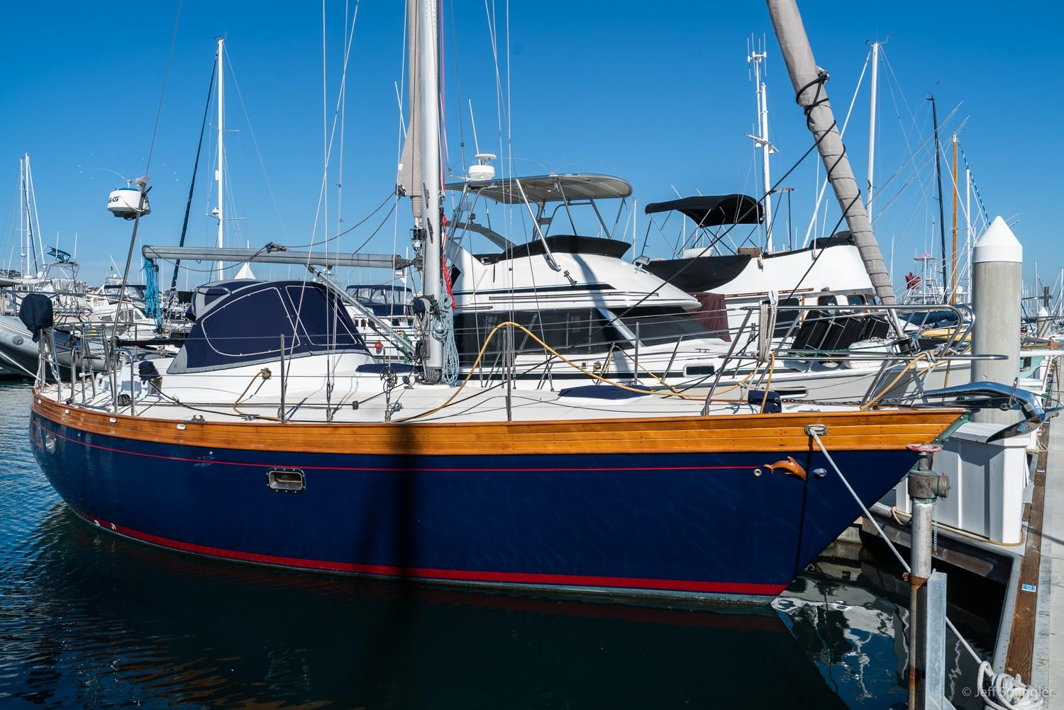 Picture Of:  33' Nantucket Boat Works 33 Mid-Cockpit 1984Yacht For Sale | 51