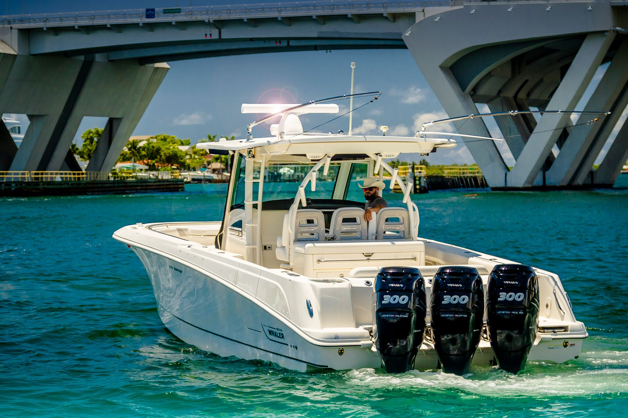 Featured Listing 2014 37' Boston Whaler OUTRAGE $348000