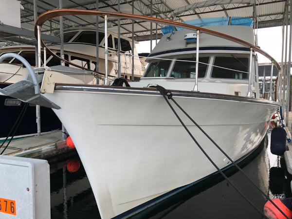 Picture Of:  48' Tollycraft 48 Cockpit Motor Yacht 1977Yacht For Sale | 4 of 40
