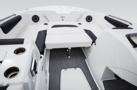 2017 Tahoe boat for sale, model of the boat is 1950 & Image # 2 of 9