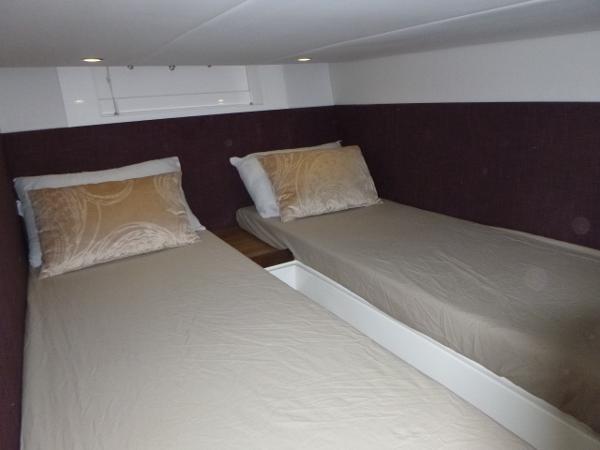 Sealine SC35 - Aft cabin