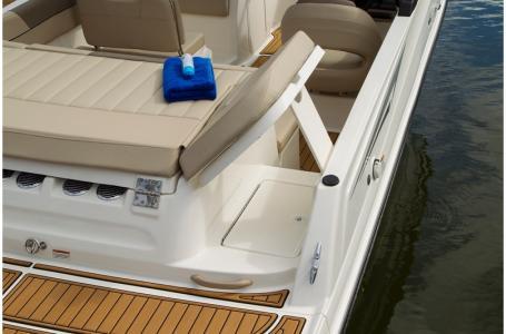 2019 Bayliner boat for sale, model of the boat is VR5 Bowrider & Image # 21 of 34
