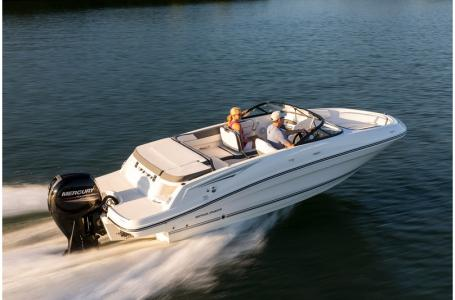 2019 Bayliner boat for sale, model of the boat is VR5 Bowrider & Image # 22 of 34