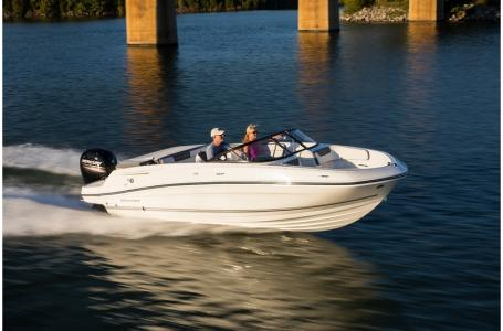2019 Bayliner boat for sale, model of the boat is VR5 Bowrider & Image # 23 of 34