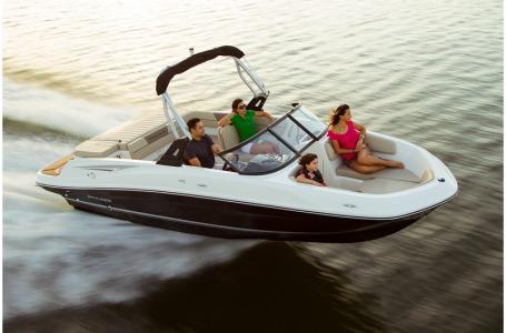 2019 Bayliner boat for sale, model of the boat is VR5 Bowrider & Image # 24 of 34