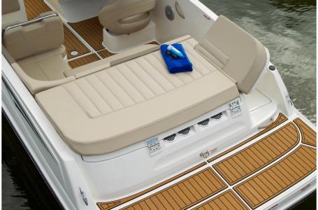 2019 Bayliner boat for sale, model of the boat is VR5 Bowrider & Image # 25 of 34