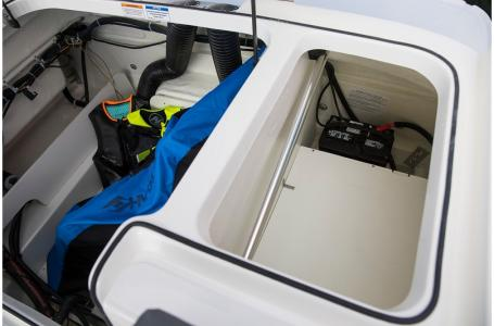 2019 Bayliner boat for sale, model of the boat is VR5 Bowrider & Image # 26 of 34