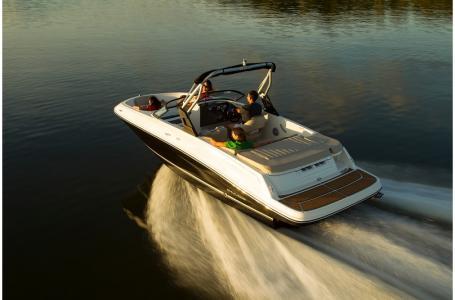 2019 Bayliner boat for sale, model of the boat is VR5 Bowrider & Image # 29 of 34