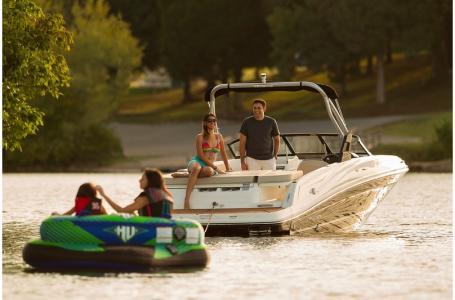 2019 Bayliner boat for sale, model of the boat is VR5 Bowrider & Image # 30 of 34