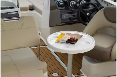 2019 Bayliner boat for sale, model of the boat is VR5 Bowrider & Image # 33 of 34