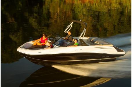 2019 Bayliner boat for sale, model of the boat is VR5 Bowrider & Image # 8 of 34