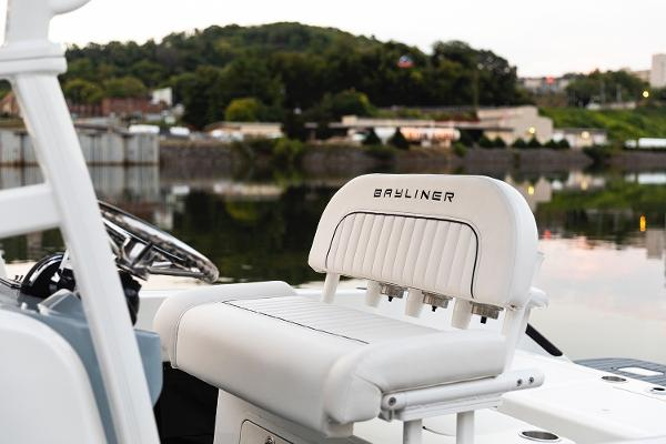 2021 Bayliner boat for sale, model of the boat is T22CC & Image # 14 of 23