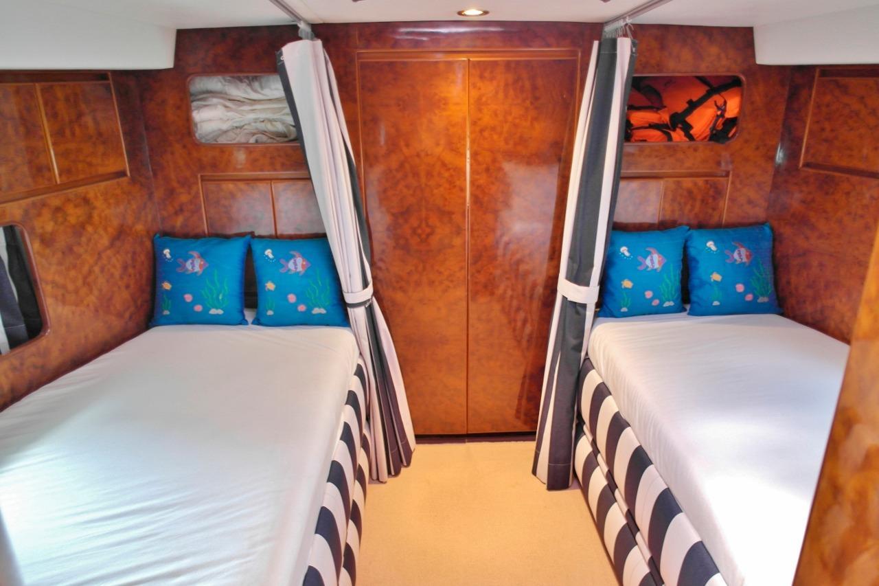 Vitech 72 Twin Cabin