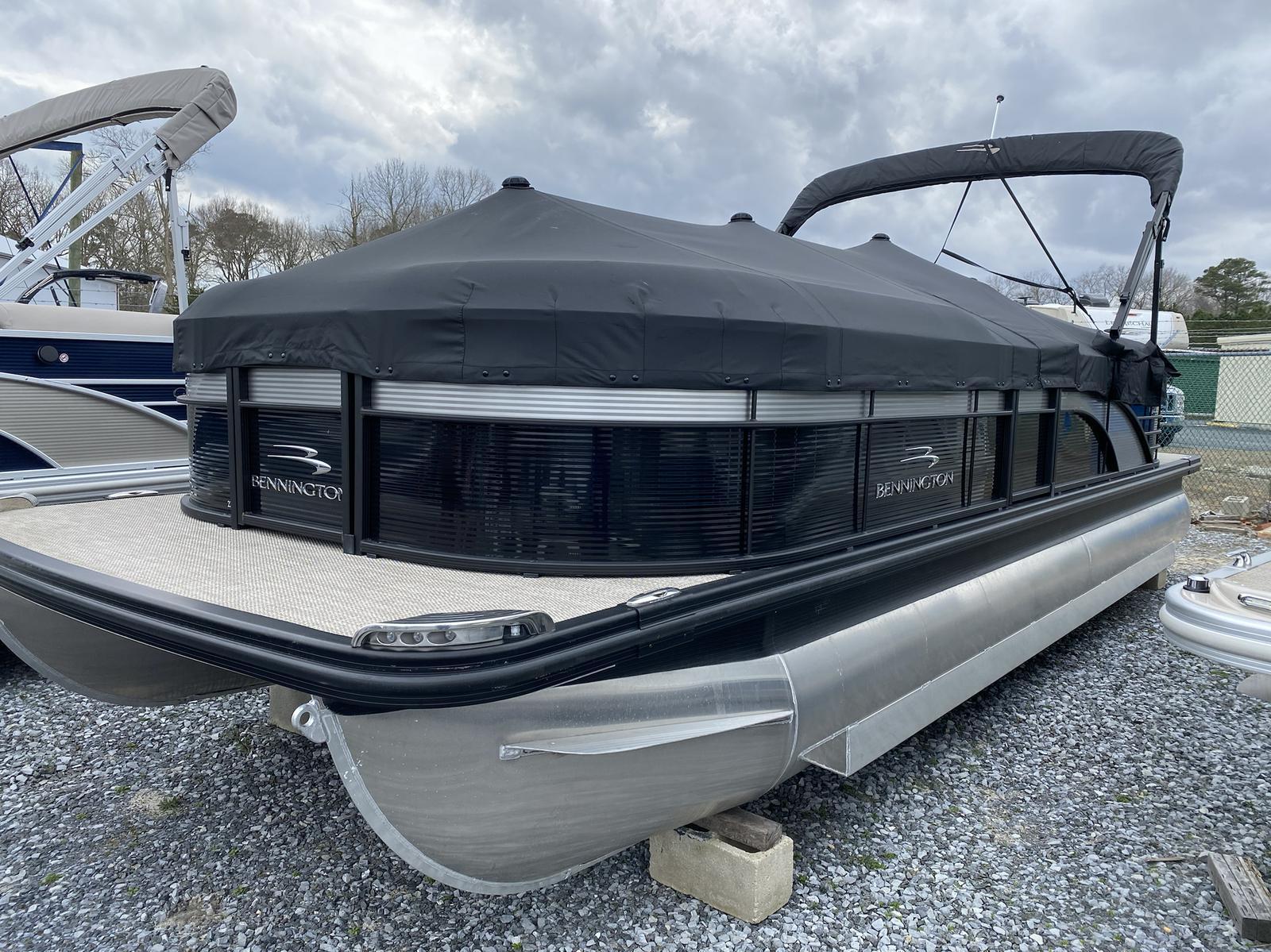 2019 Bennington boat for sale, model of the boat is 23 GSR & Image # 3 of 3
