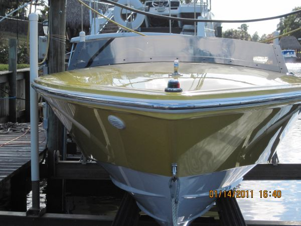 Donzi 22 Classic High Performance Boats. Listing Number: M-3778394