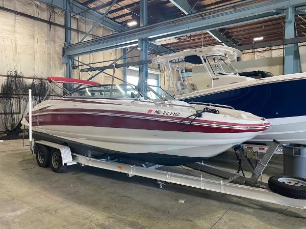 2009 CROWNLINE 25' for sale