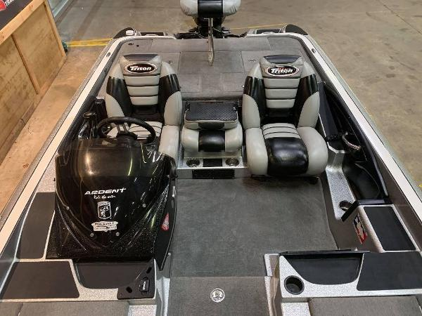 2012 Triton boat for sale, model of the boat is 21 XS & Image # 6 of 11