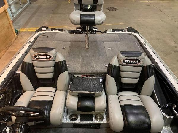 2012 Triton boat for sale, model of the boat is 21 XS & Image # 9 of 11