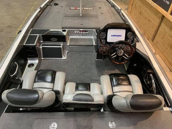 2012 Triton boat for sale, model of the boat is 21 XS & Image # 11 of 11