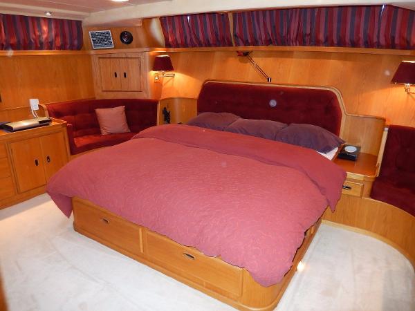 Arun 60 Aft Cabin
