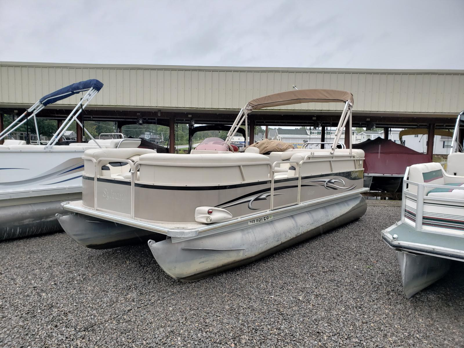 2007 SYLVAN 8520 for sale