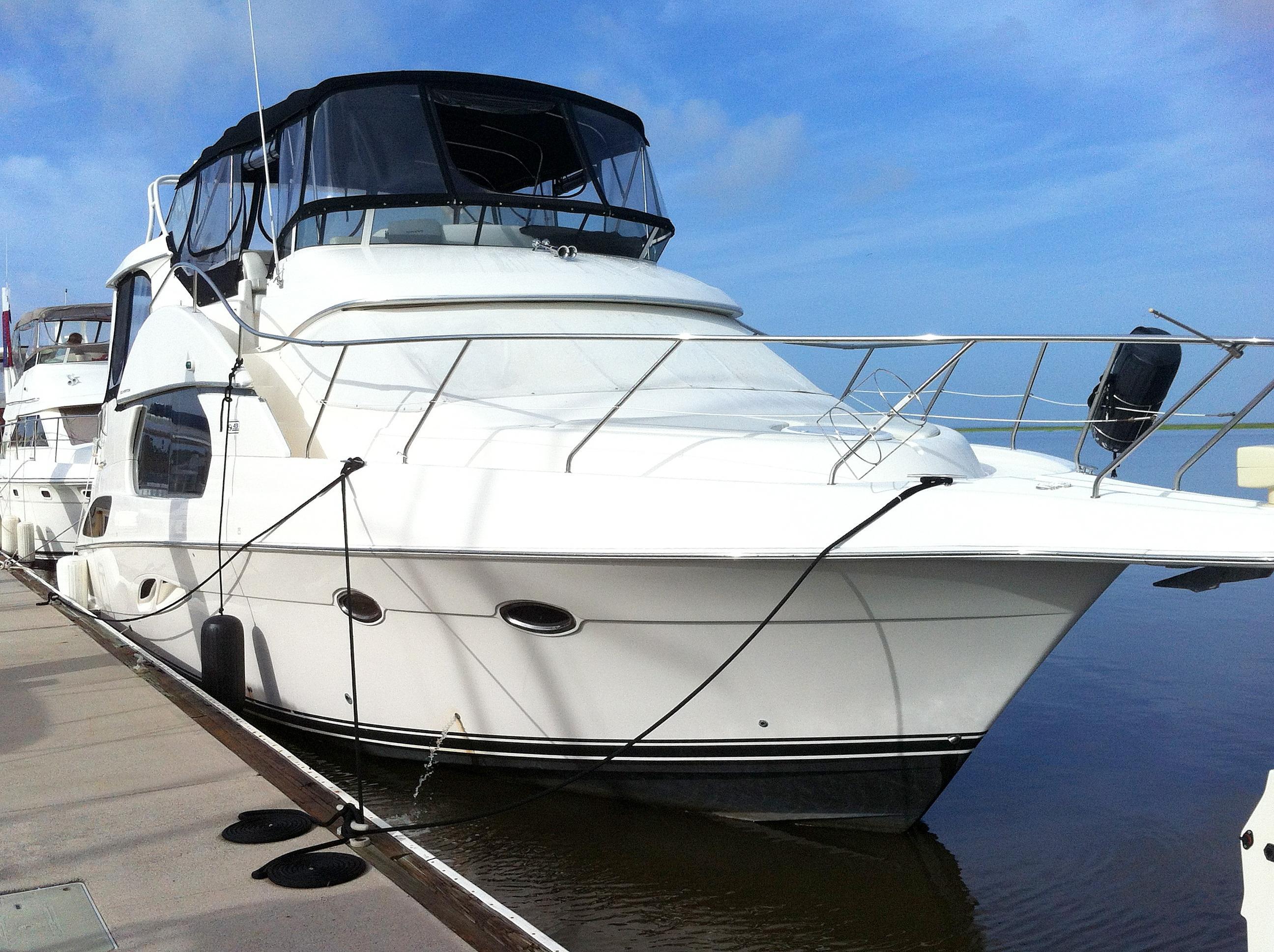 43' Silverton 2002 Motor Yacht