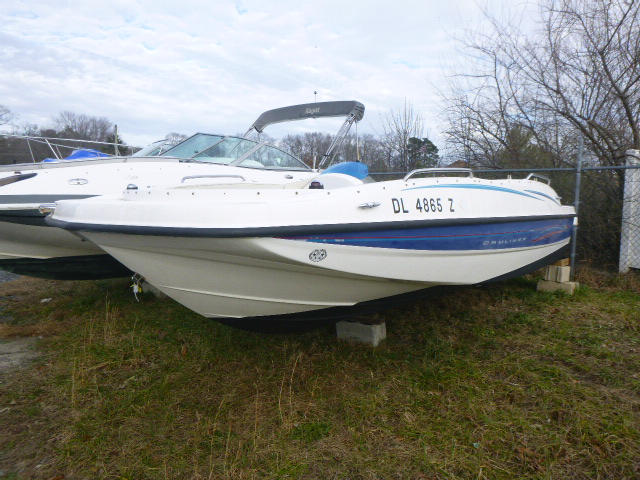 2006 Bayliner boat for sale, model of the boat is 197SD & Image # 4 of 5