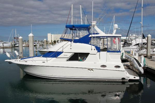 37' Silverton 1997 372 Twin Diesel Motor Yacht