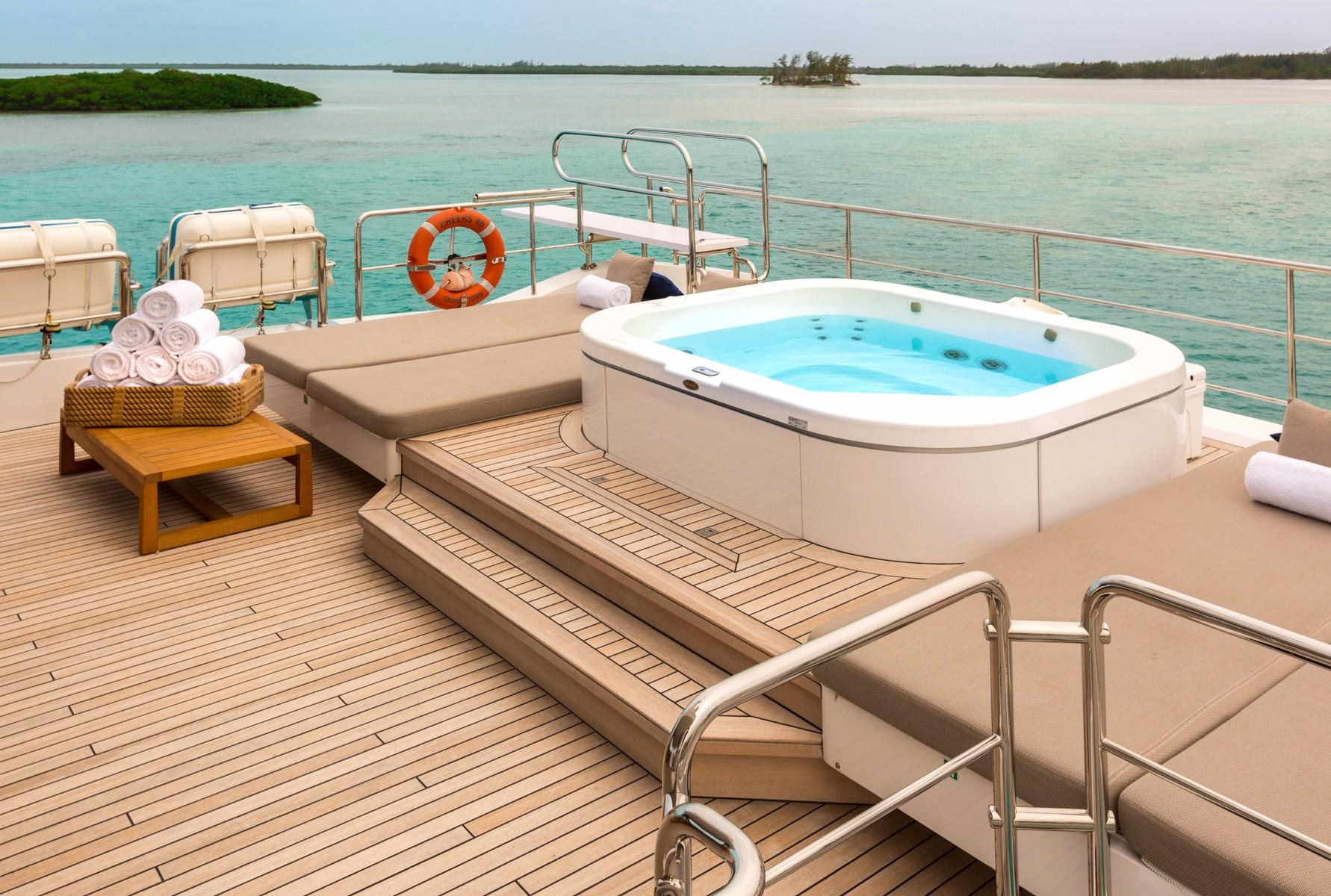 2014 Benetti Veloce 140 Yacht For Sale In Fort Lauderdale Fl Cheers 46