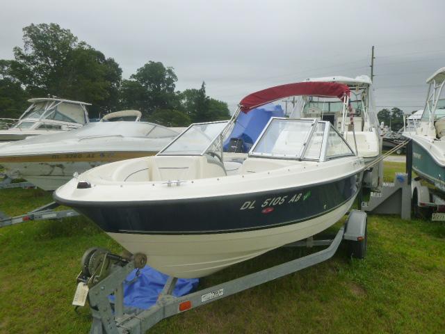 2008 Bayliner boat for sale, model of the boat is 195 Bowrider & Image # 2 of 9