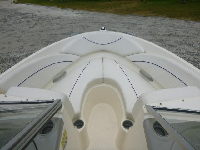 2008 Bayliner boat for sale, model of the boat is 195 Bowrider & Image # 3 of 9