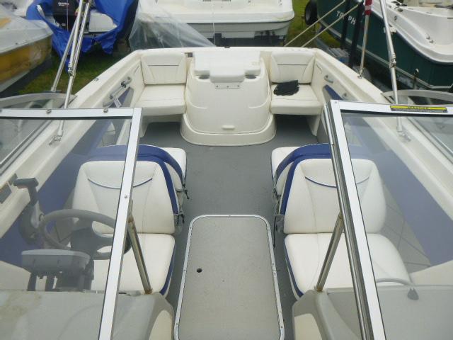 2008 Bayliner boat for sale, model of the boat is 195 Bowrider & Image # 4 of 9