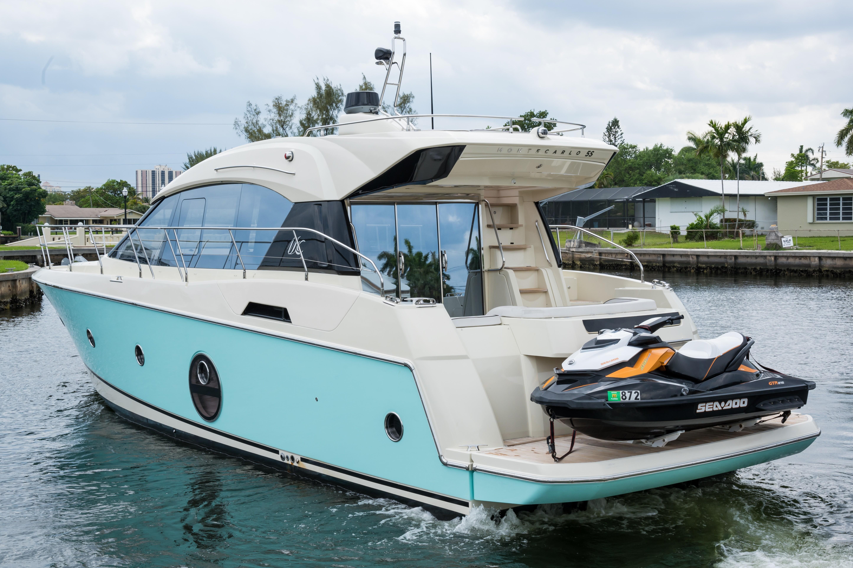 2015 Beneteau Monte Carlo 5S Profile