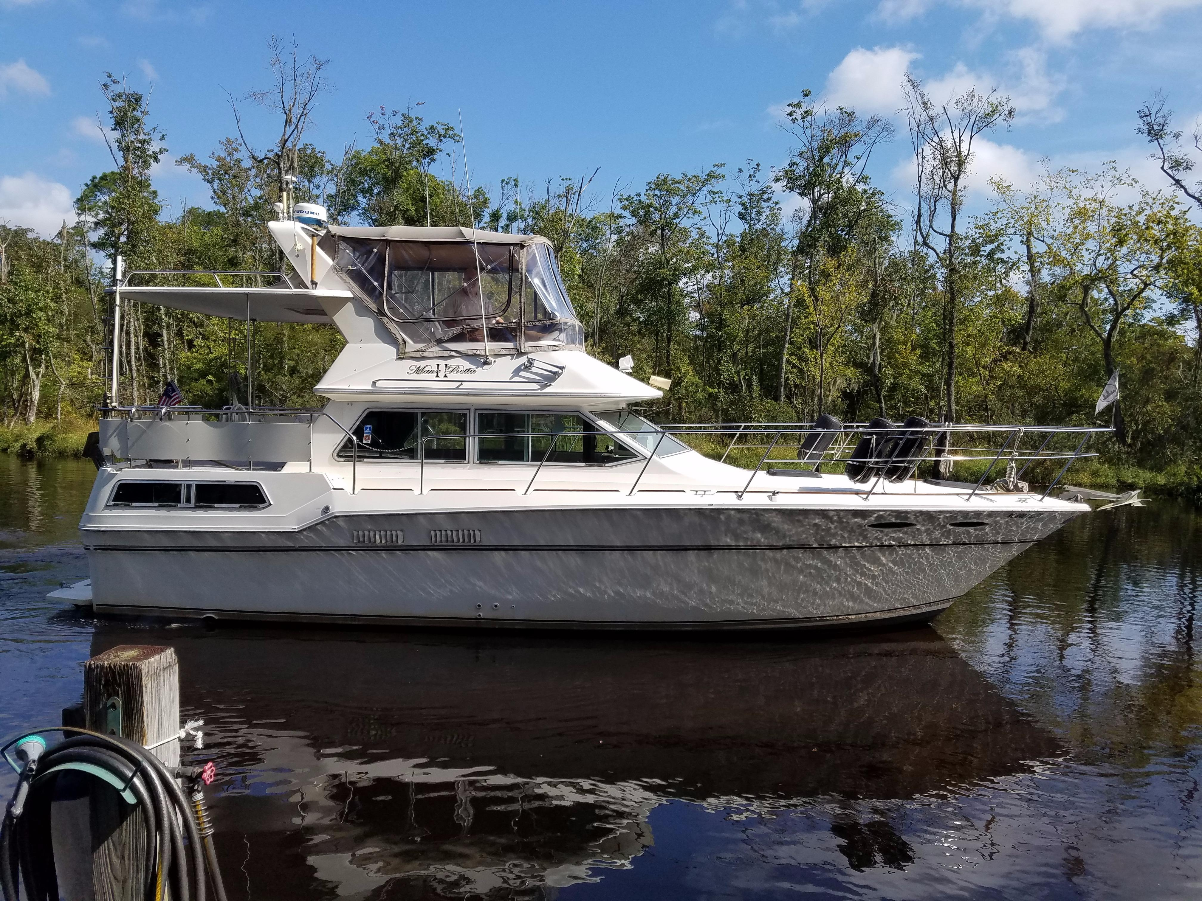 1982 Sea Ray 355 Aft Cabin