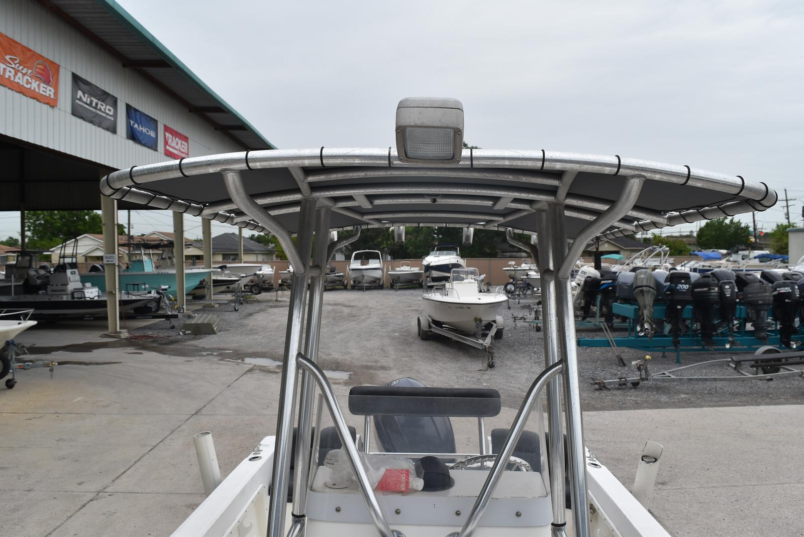 2002 Edgewater boat for sale, model of the boat is 200CC & Image # 10 of 32