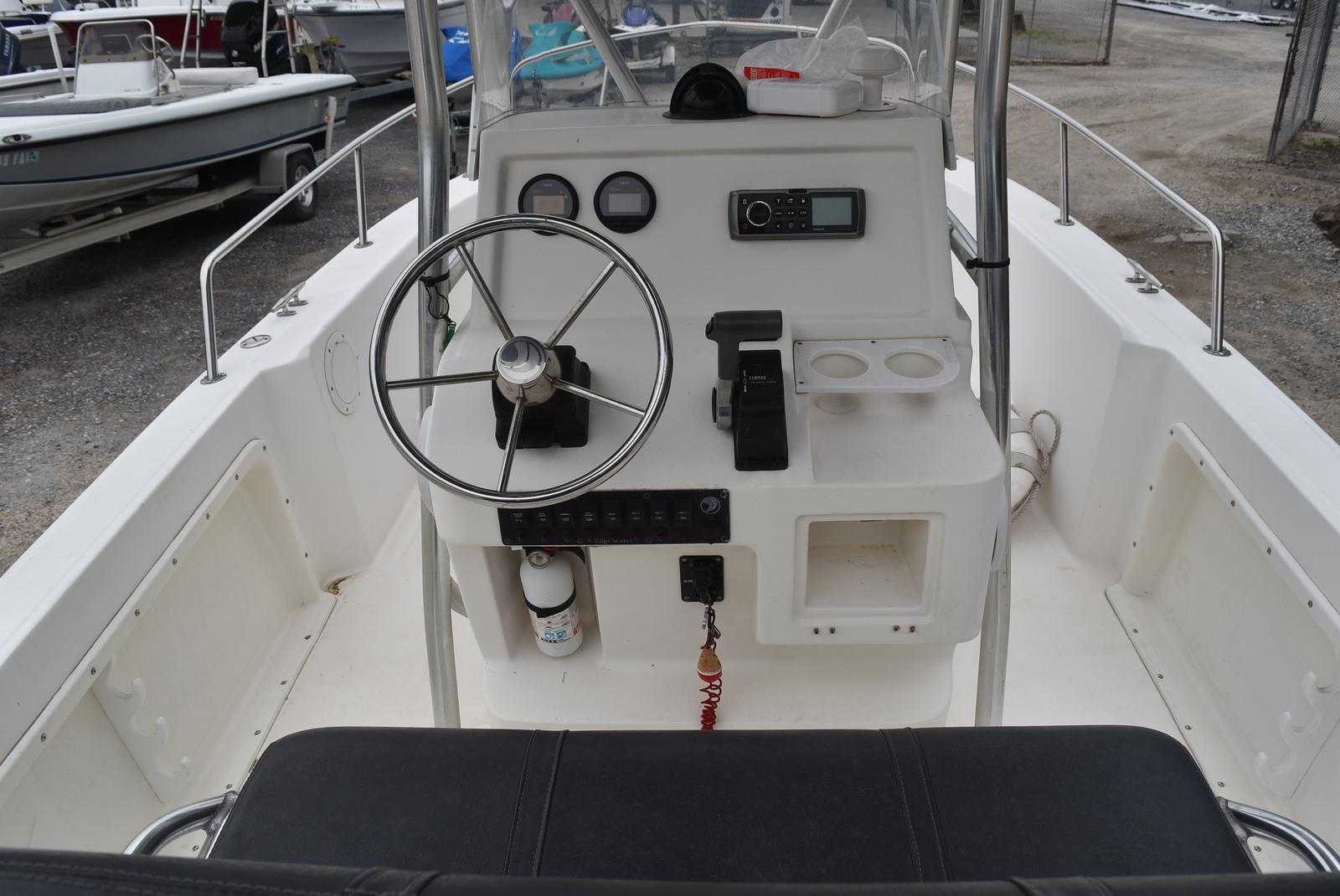 2002 Edgewater boat for sale, model of the boat is 200CC & Image # 14 of 32
