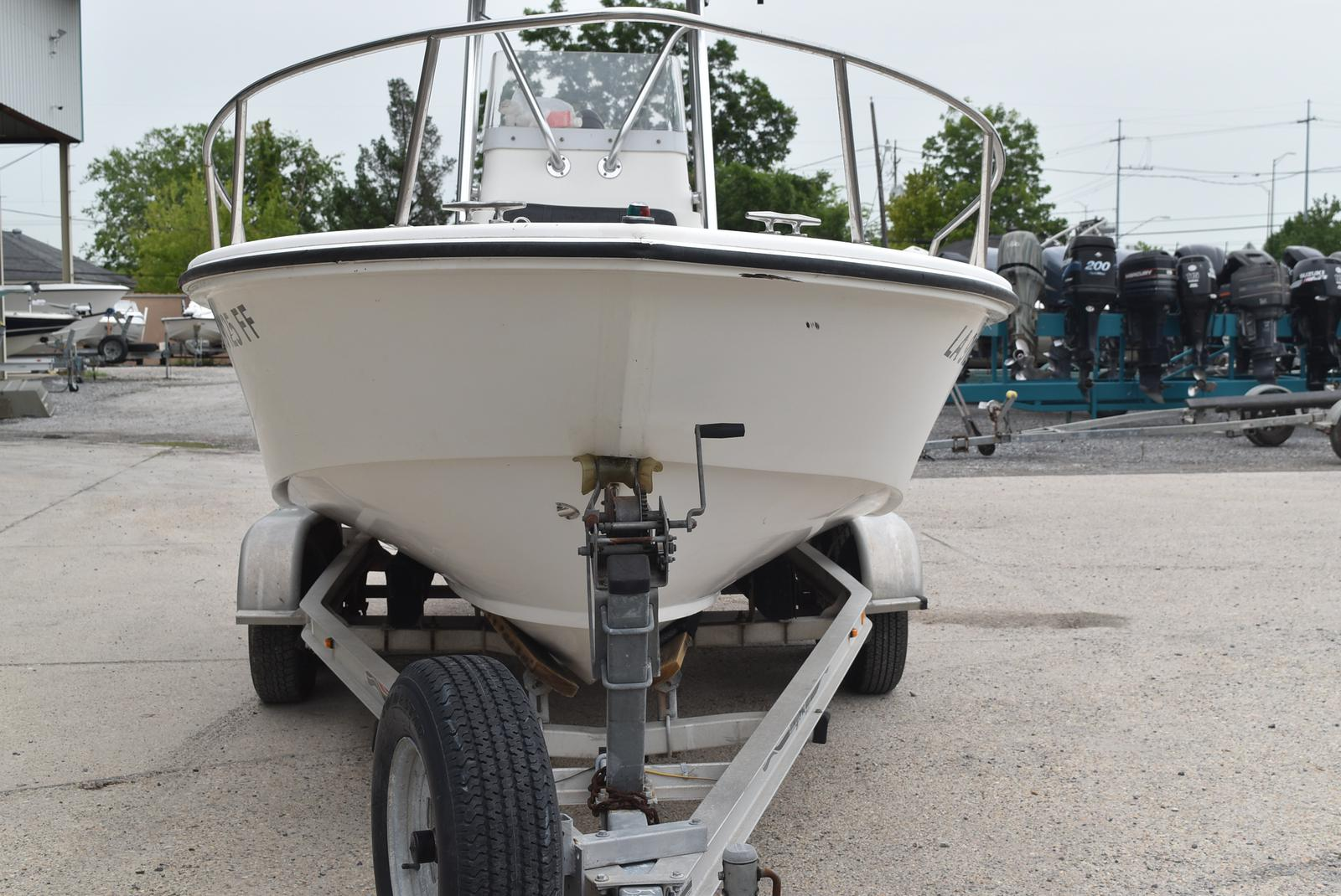 2002 Edgewater boat for sale, model of the boat is 200CC & Image # 16 of 32