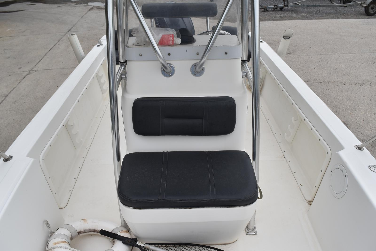 2002 Edgewater boat for sale, model of the boat is 200CC & Image # 19 of 32