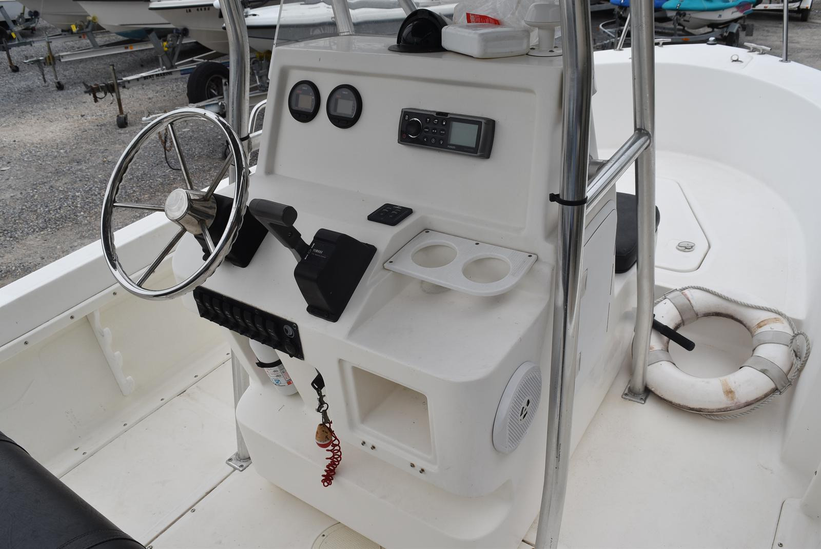 2002 Edgewater boat for sale, model of the boat is 200CC & Image # 31 of 32