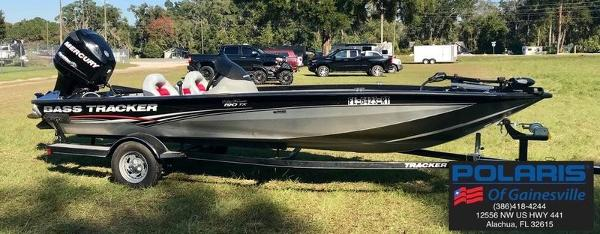 2012 Tracker Boats boat for sale, model of the boat is Pro Team 190 TX & Image # 1 of 12